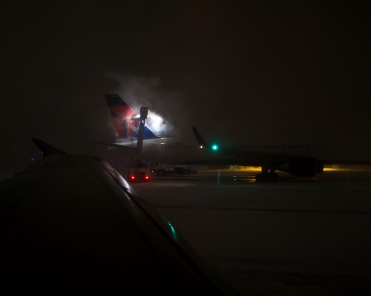 De-icing Delta in Detroit -- rona black