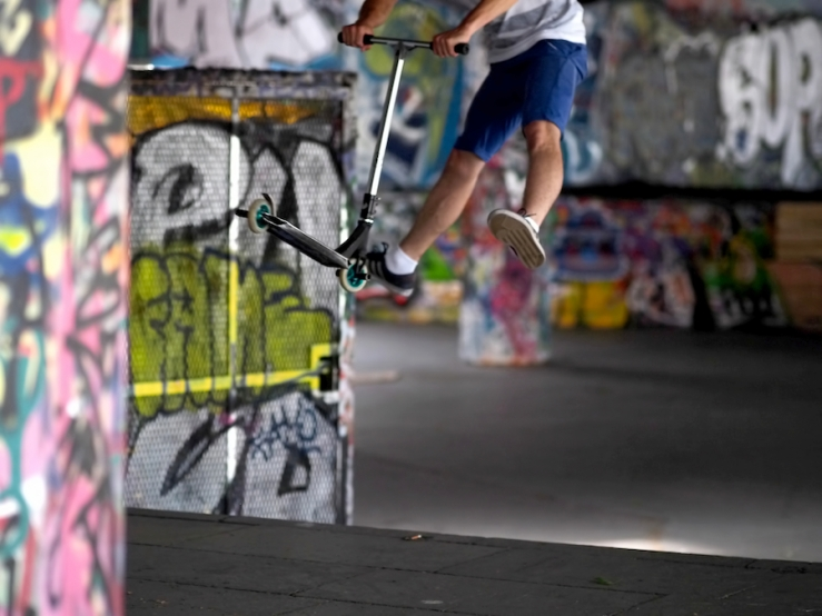 Airborne at Southbank - Rona Black